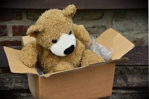 Last minute movers in Toronto are not hasty with your belongings. They treat everything with care and love.